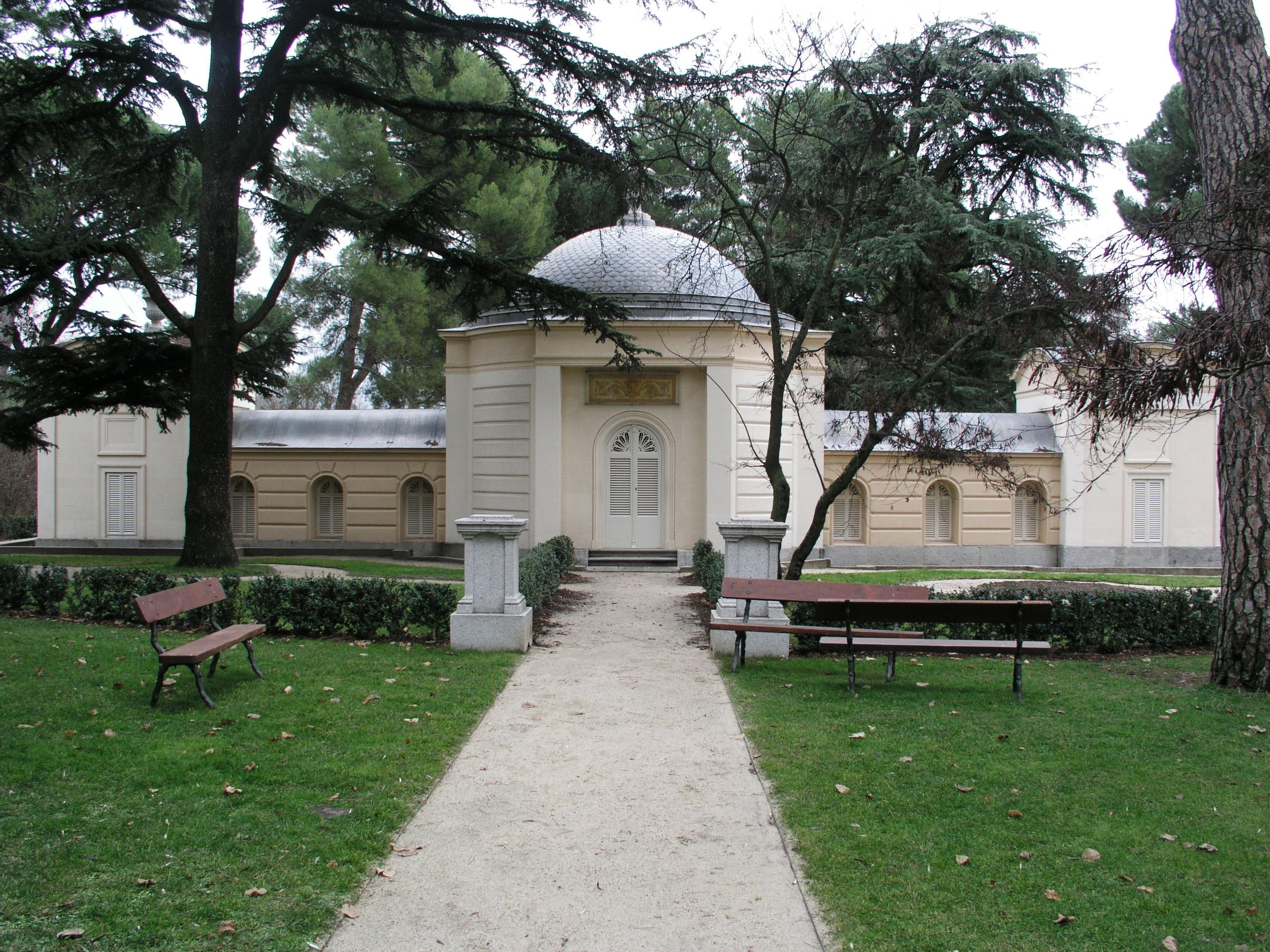File jardin el capricho wikimedia commons for Jardines el capricho