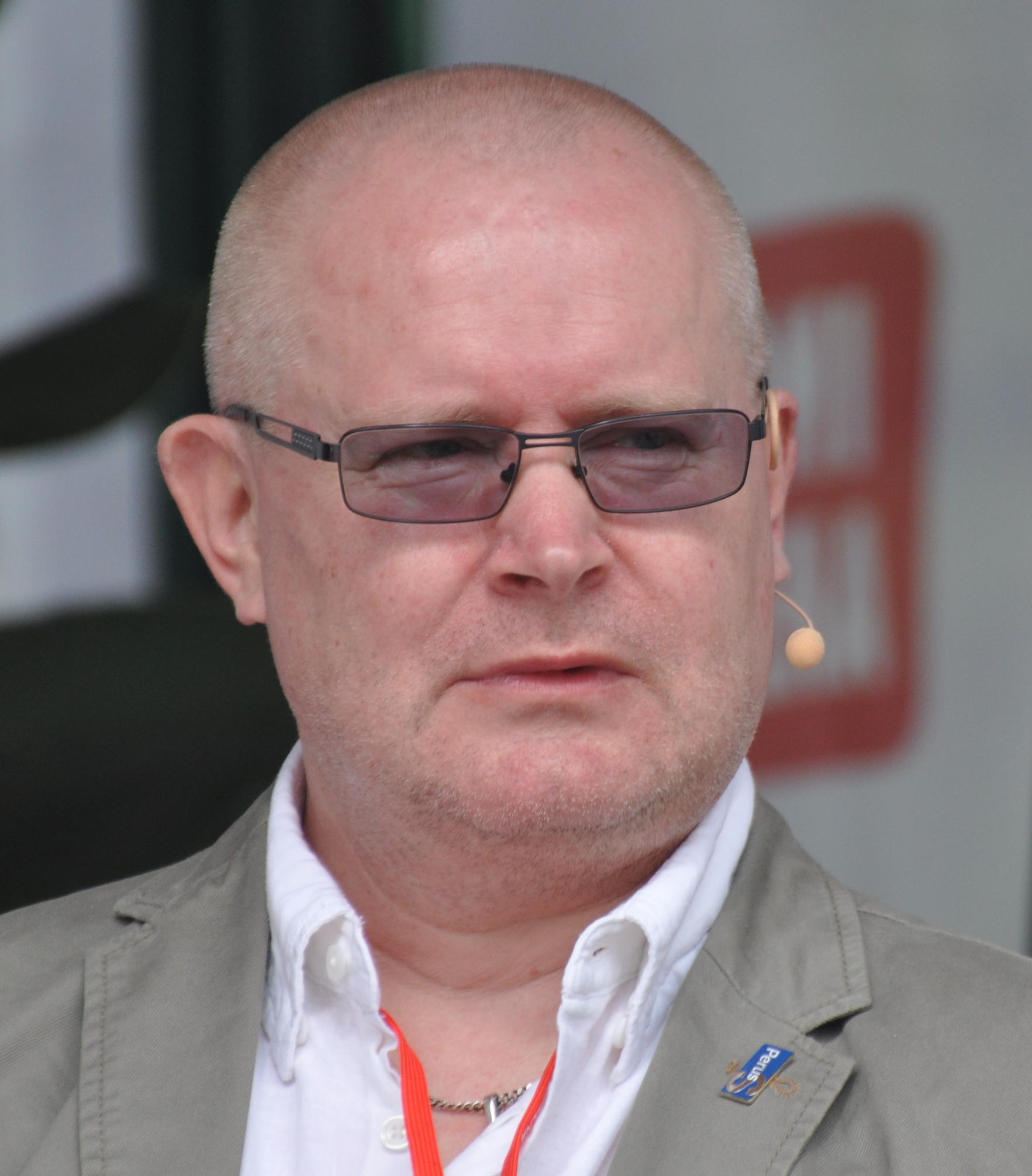 Jari Linström