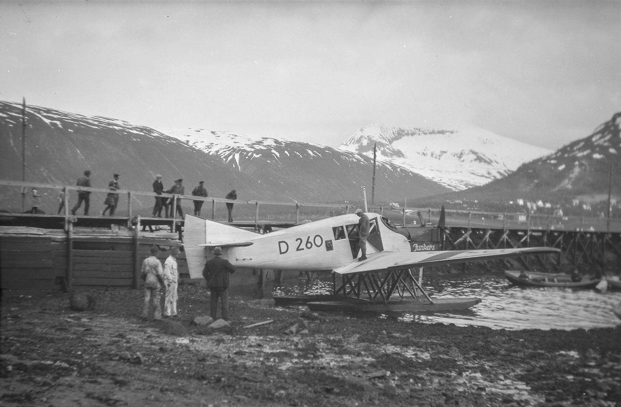 Tromso Airport To Radibon Blu Hotel