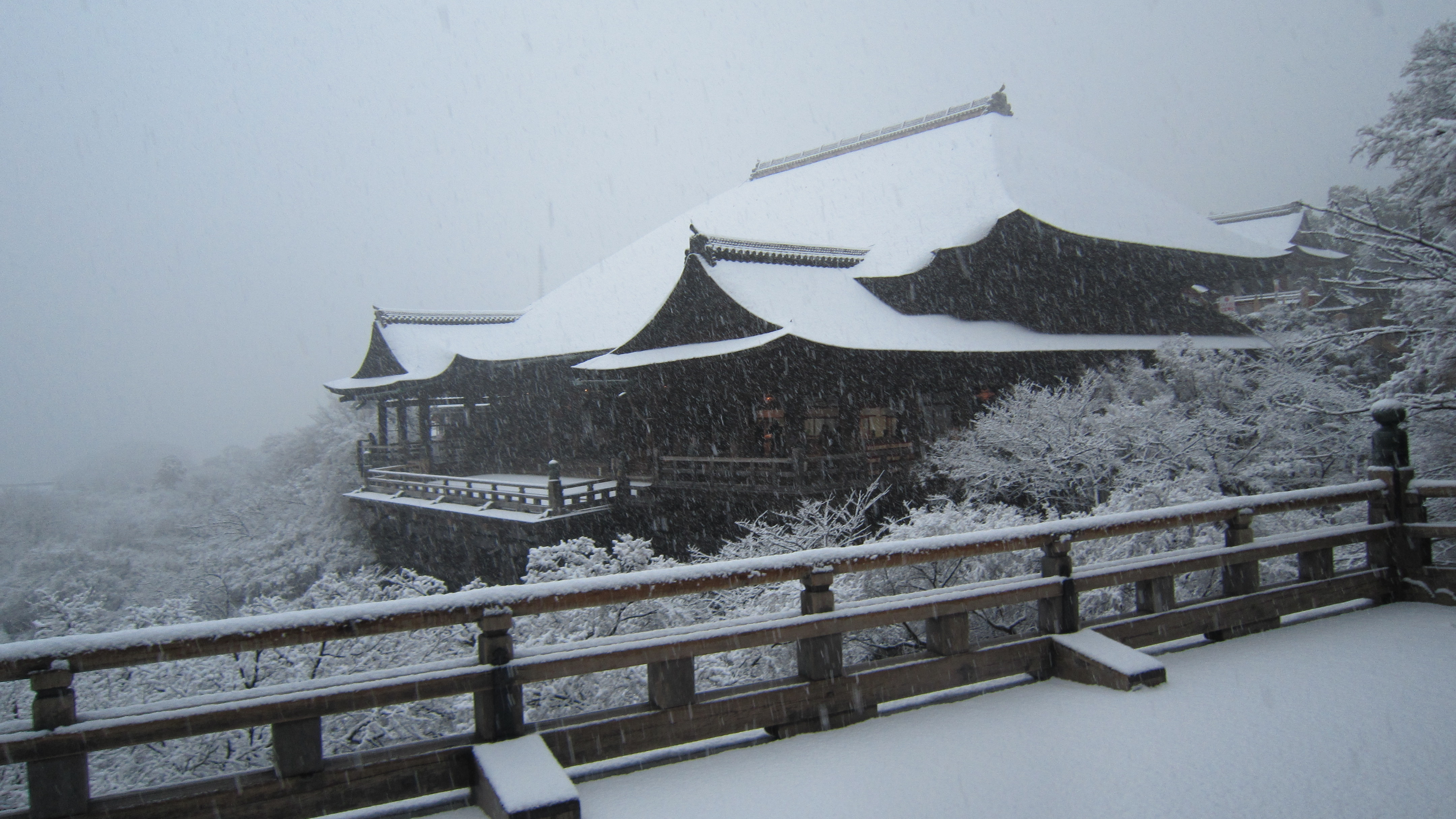[Resim: Kiyomizudera_Snow.JPG]