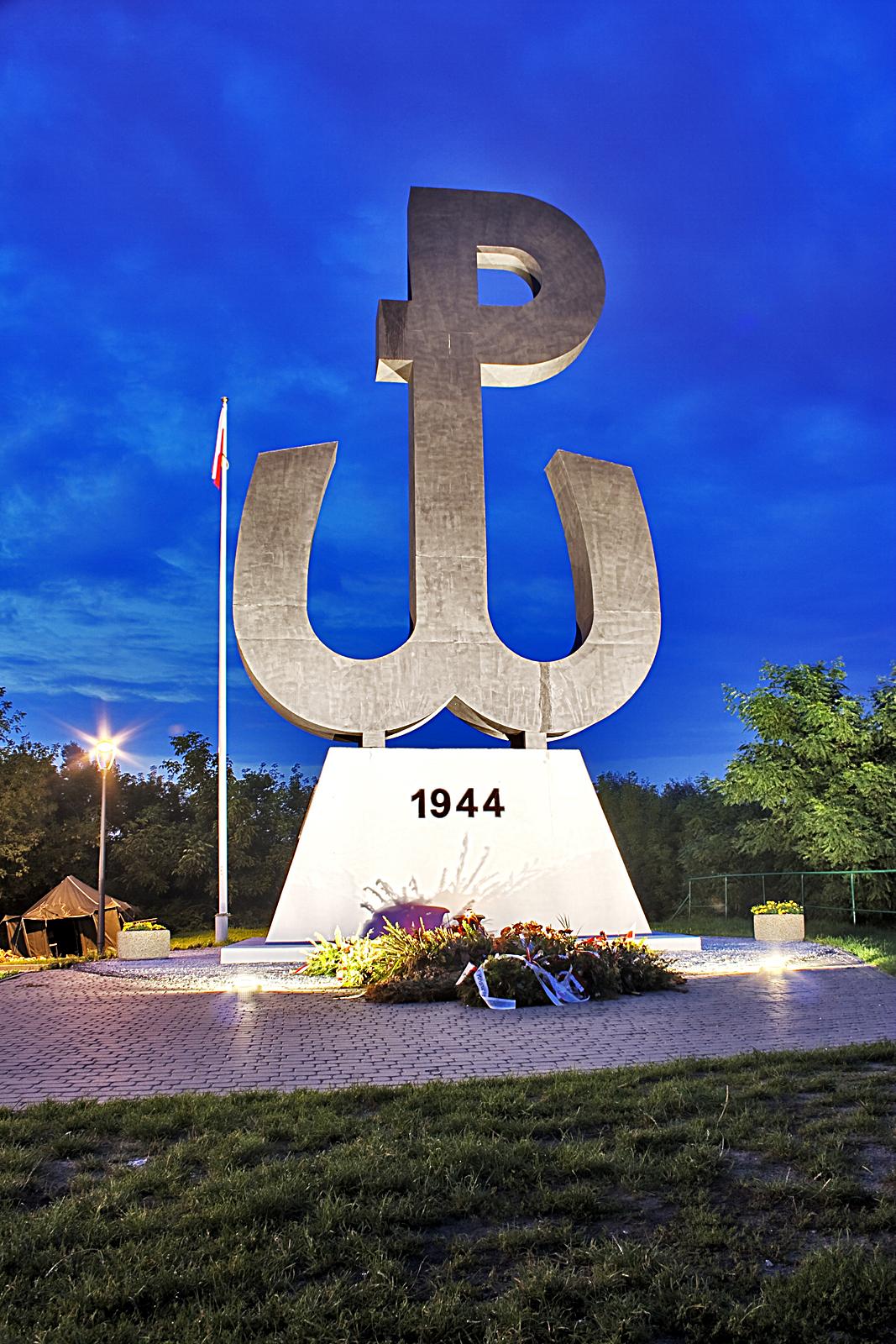 Картинки по запросу Kopiec Powstania Warszawskiego