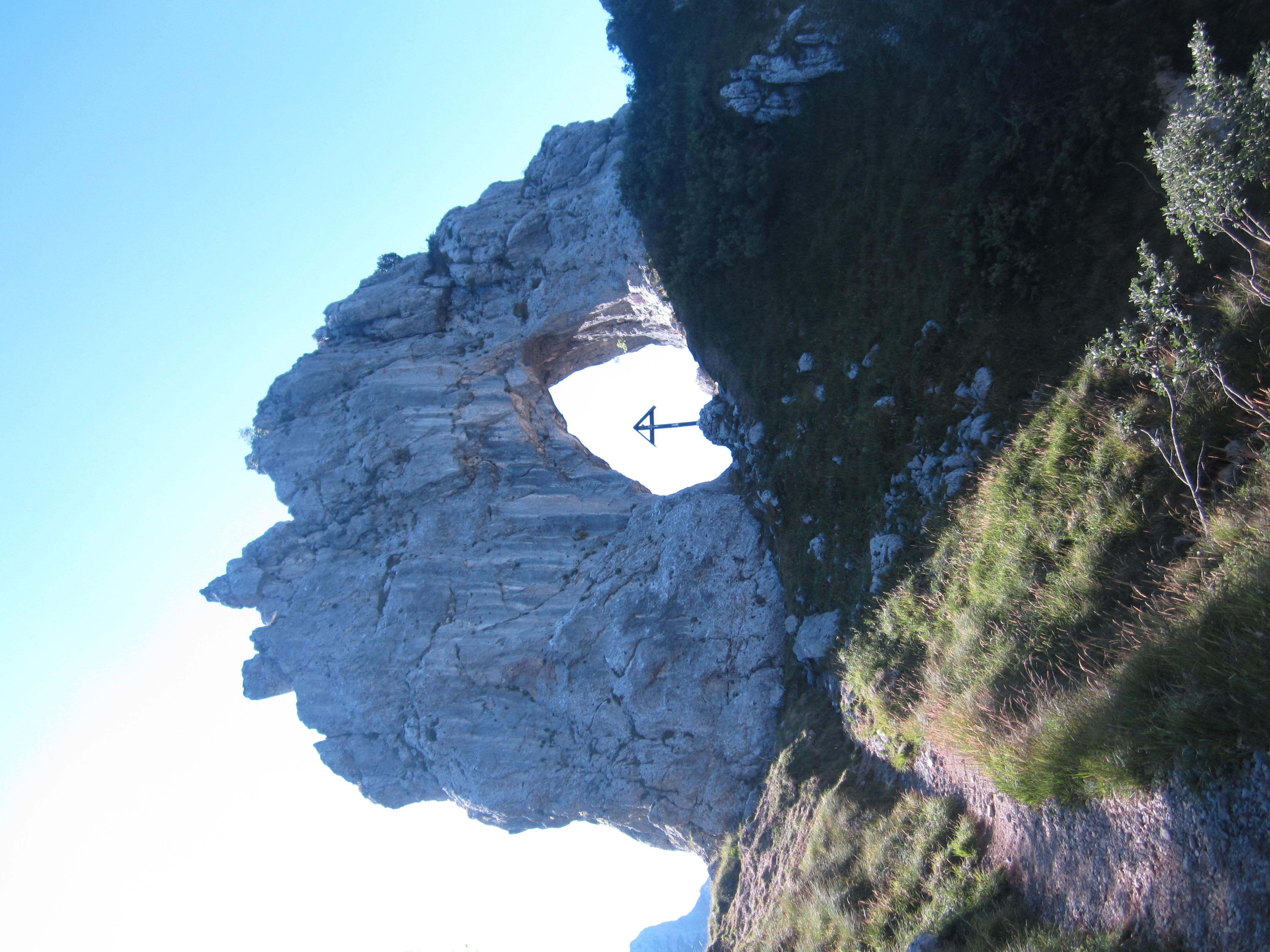File:La suggestiva Bocchetta di Prada, poco lontana dalla chiesetta.JPG - Wikimedia Commons