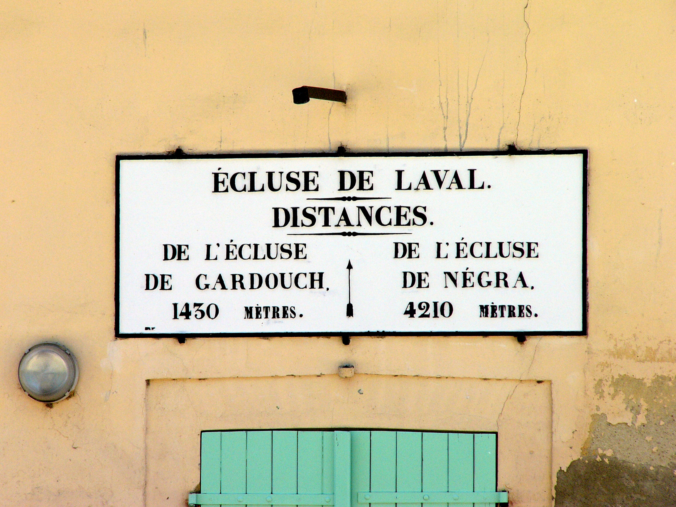 Laval Lock - Canal du Midi.jpg