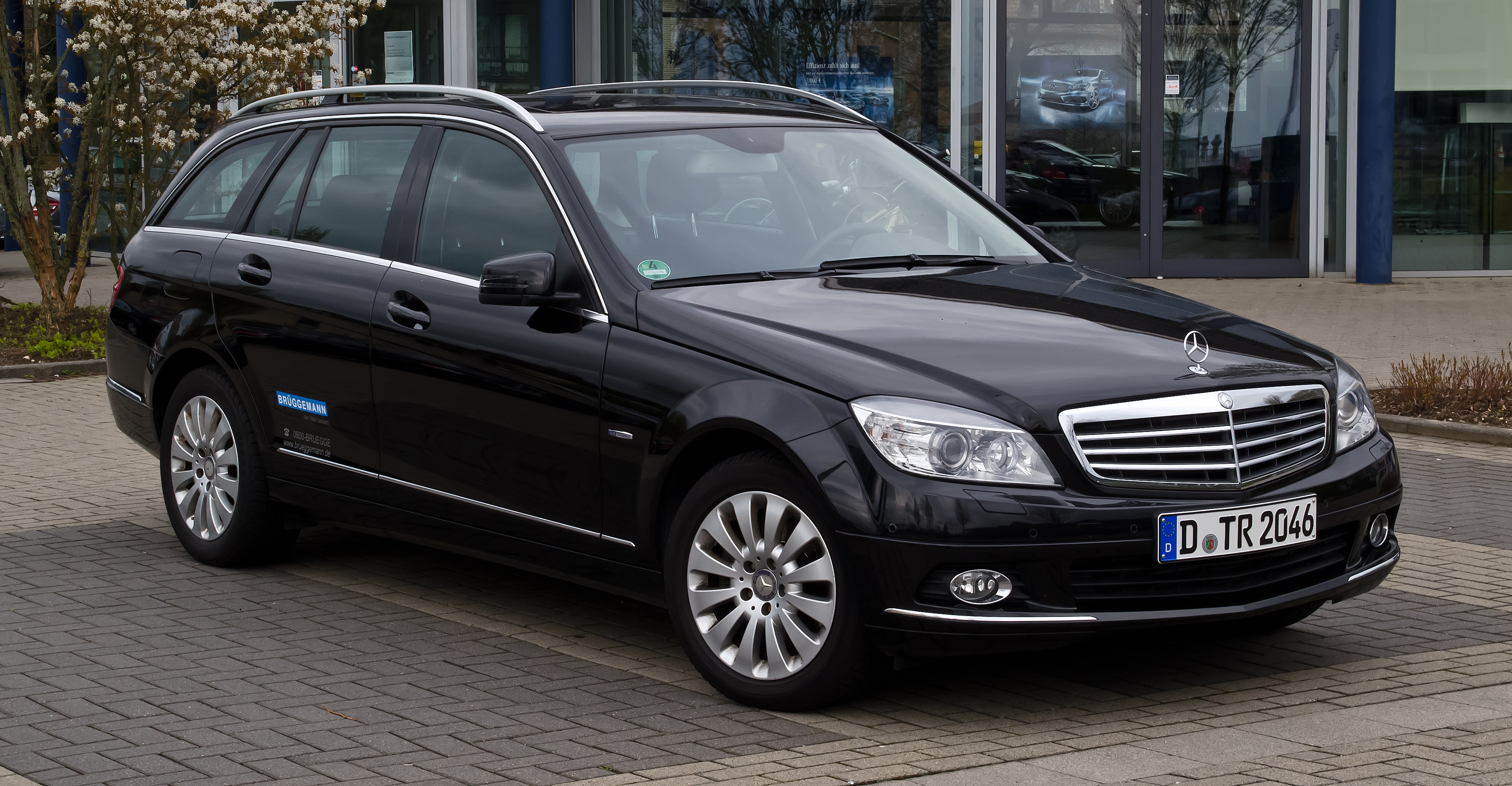 file mercedes benz c 250 cdi blueefficiency t modell elegance s 204 frontansicht 15 april. Black Bedroom Furniture Sets. Home Design Ideas