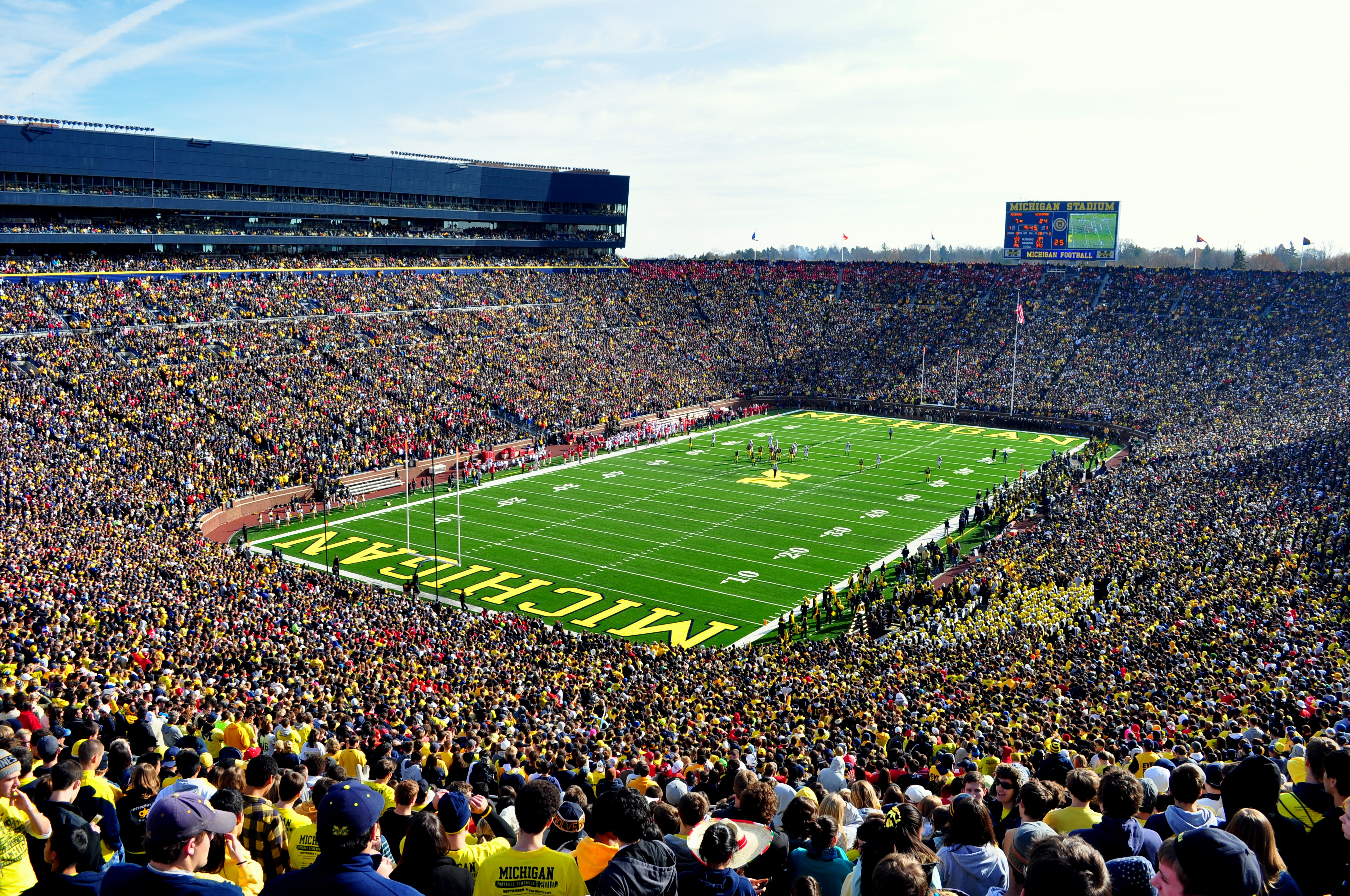 University Of Michigan And Lady Luck The Maize Essaize