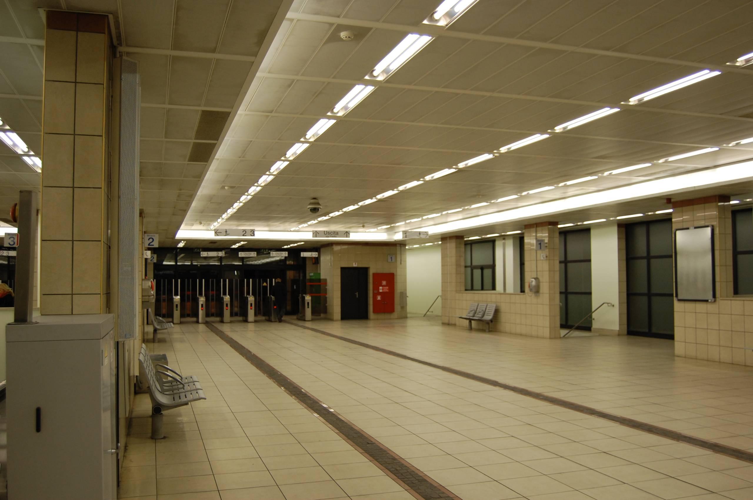 File milano stazione nord domodossola - Stazione porta garibaldi indirizzo ...