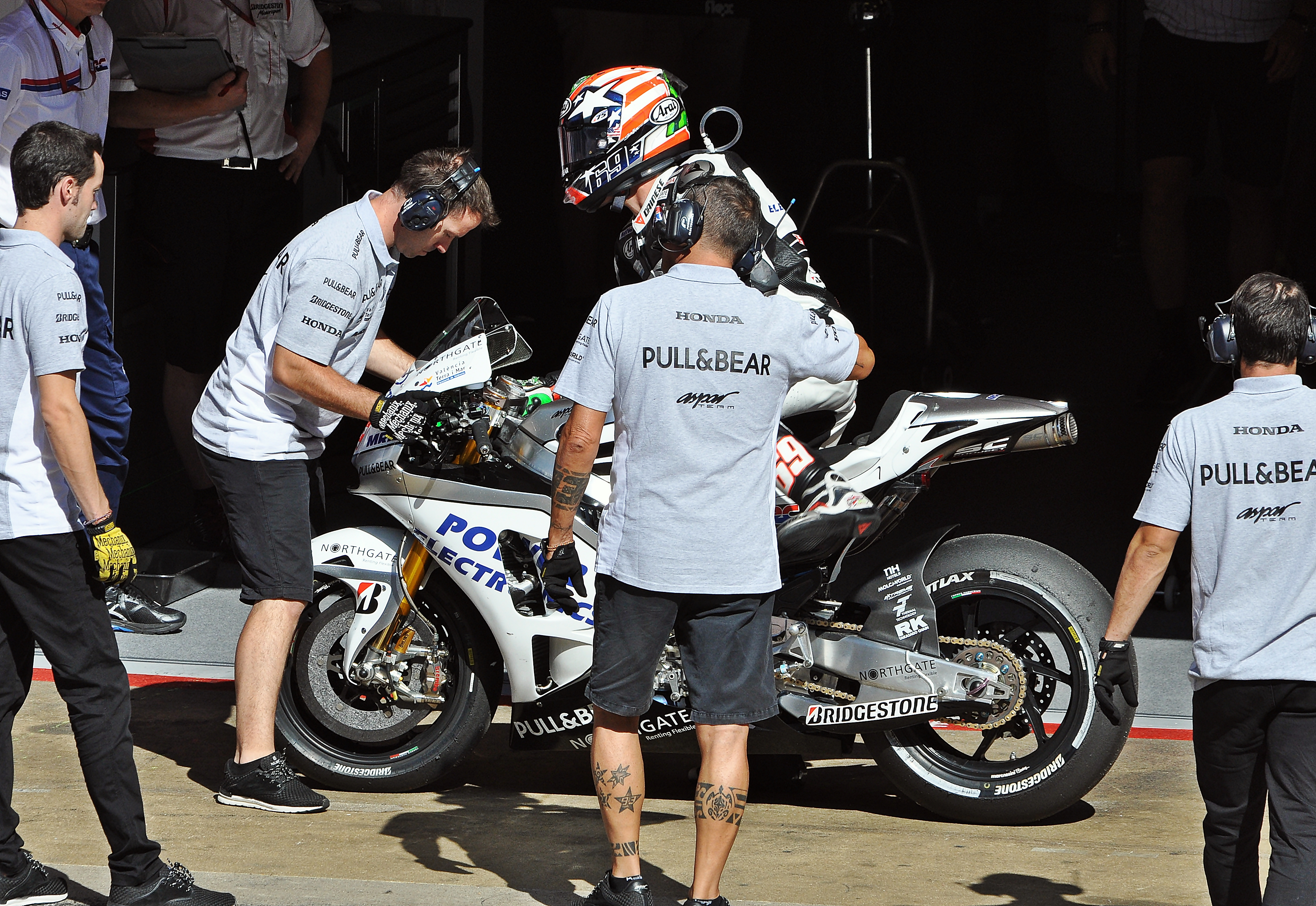 File Nicky Hayden Motogp 2015 Jpg Wikimedia Commons