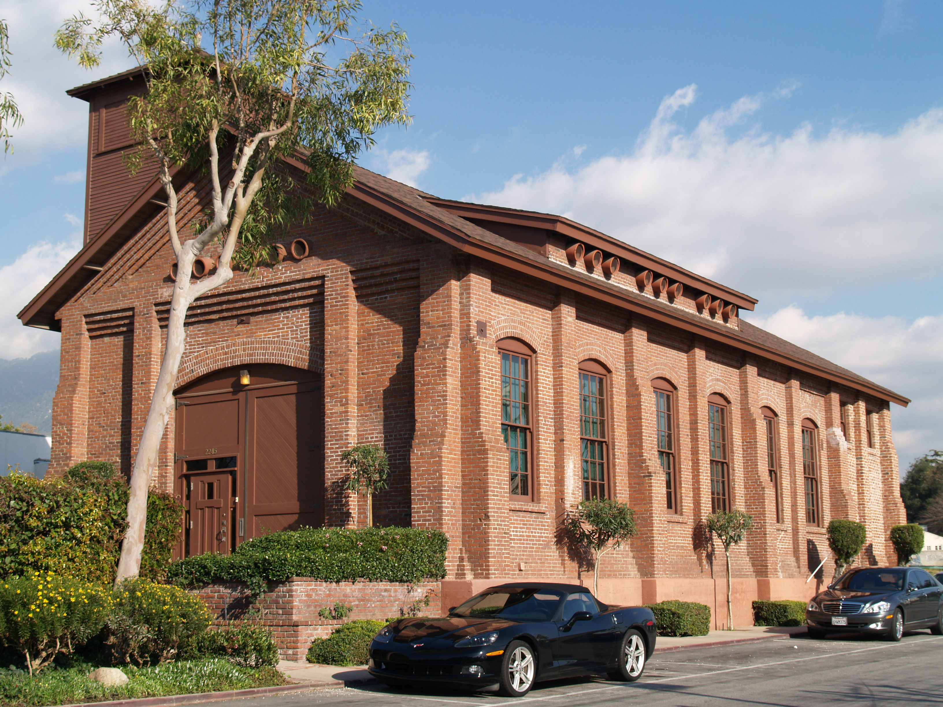 File:Pacific Electric Railway Company Substation No. 8.JPG - Wikimedia ... Pacific Railway Company