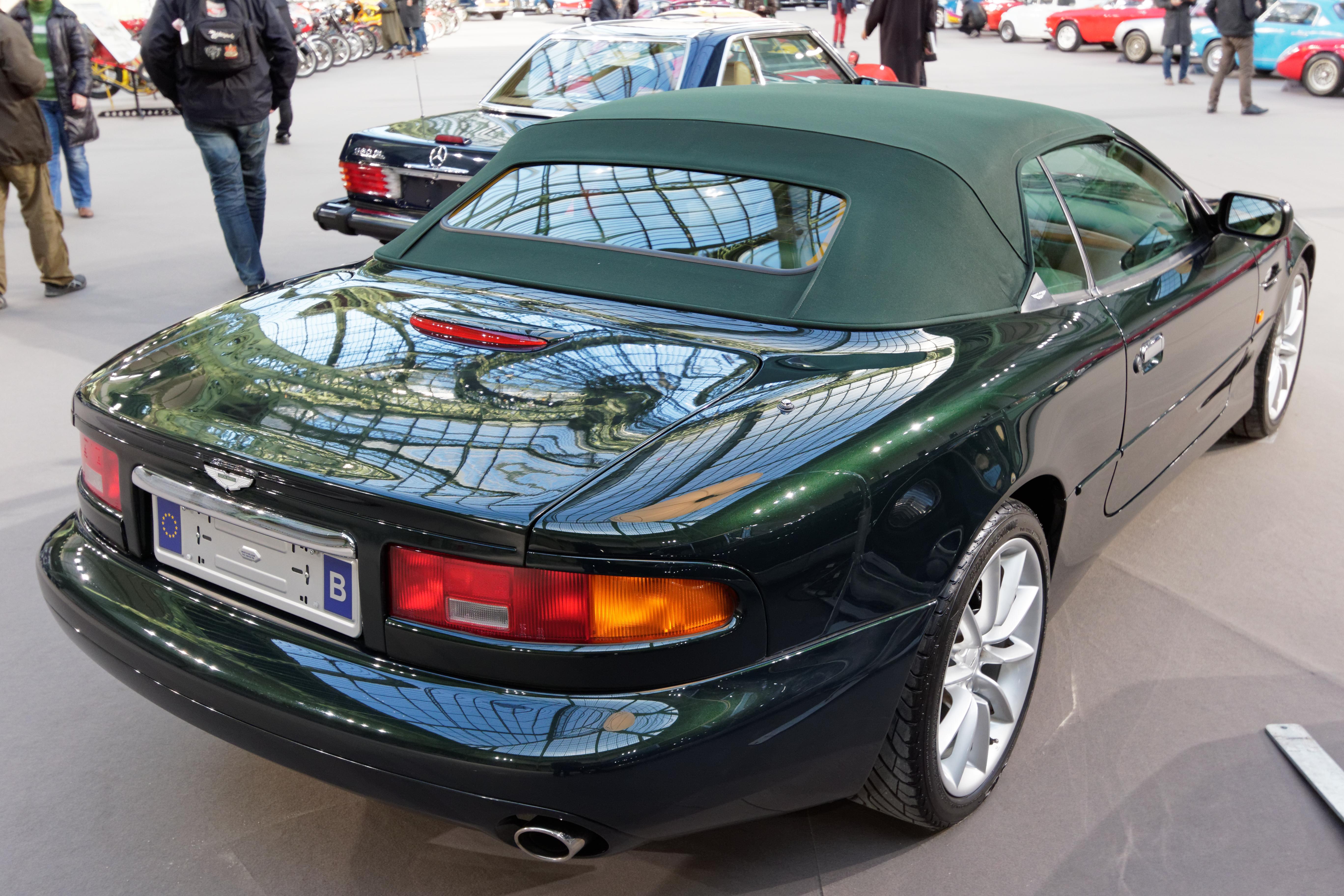 File Paris Bonhams 2015 Aston Martin Db7 V12 Vantage Volante Convertible 2001 005 Jpg Wikimedia Commons