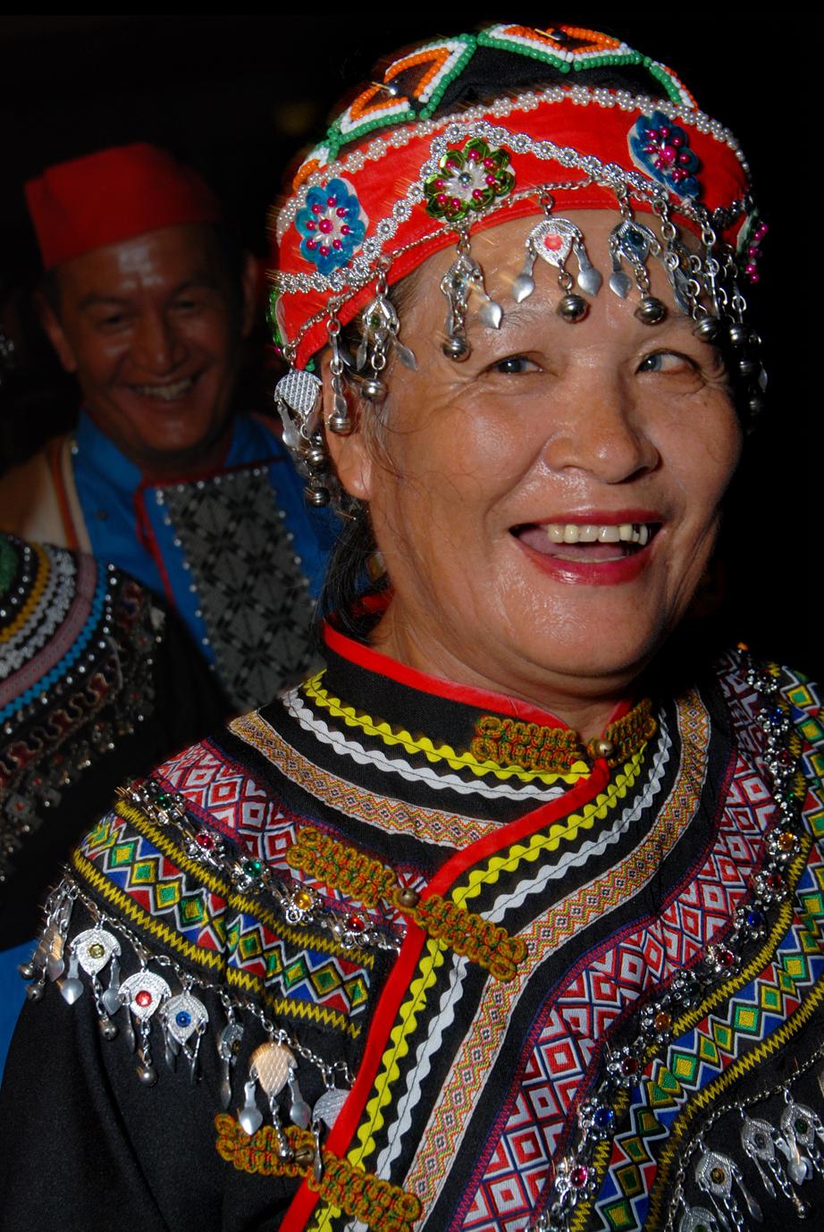 File:People of Hualien – Taiwan (3982009375).jpg - Wikimedia Commons