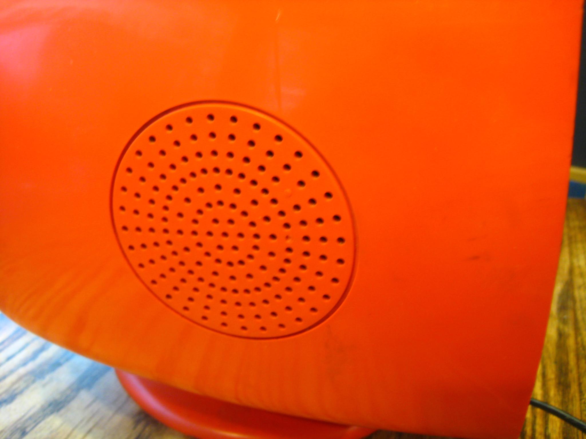file philco ford orange retro tv 1970s speaker wikimedia commons. Black Bedroom Furniture Sets. Home Design Ideas