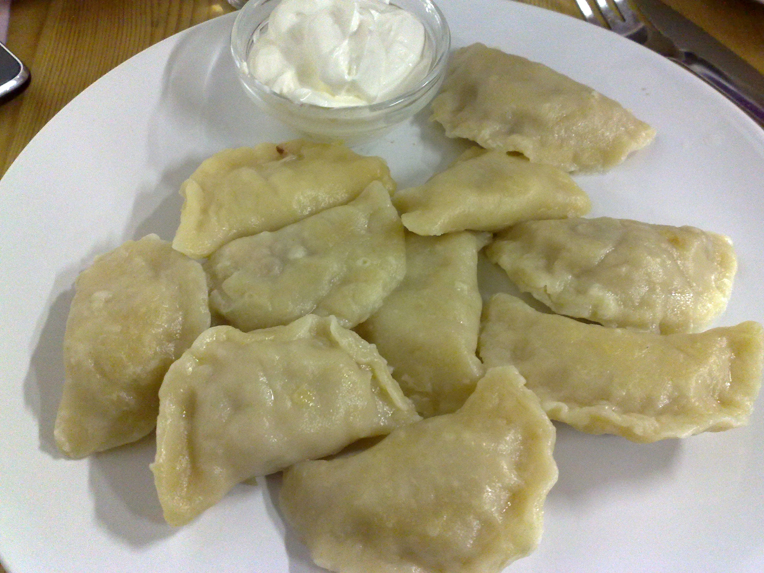 File pierogi in london feb wikimedia commons for Authentic polish cuisine