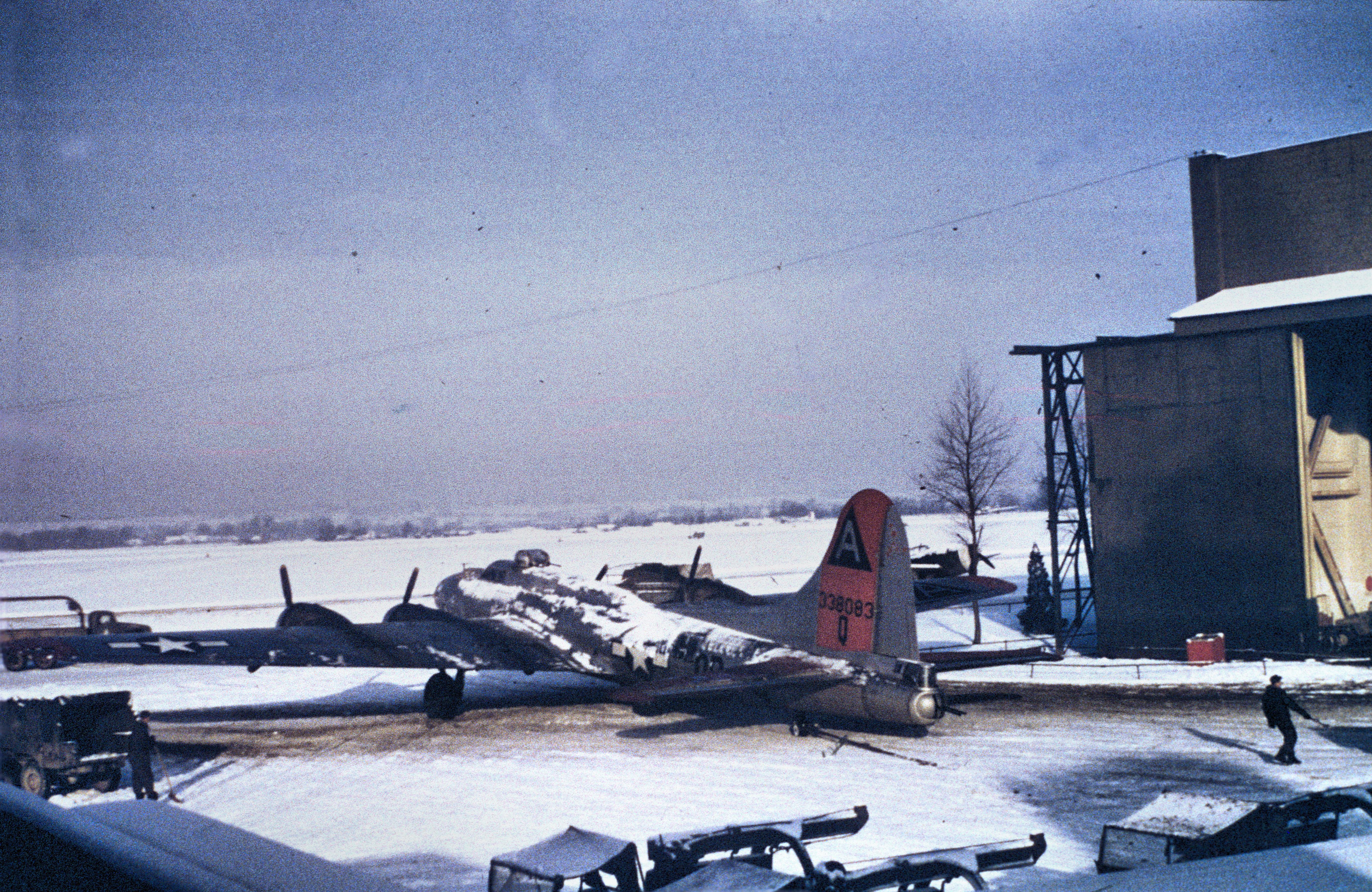 91st bombardment group b 17 43 38083 jpg wikimedia commons