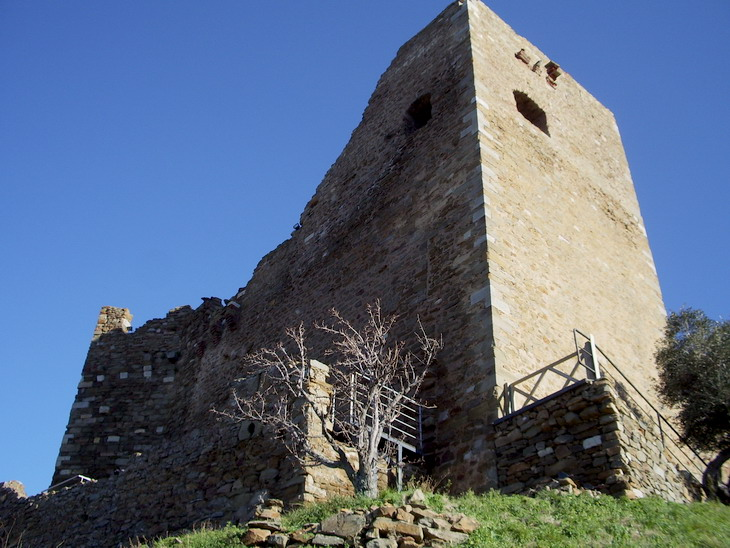 Rocca di Scarlino4
