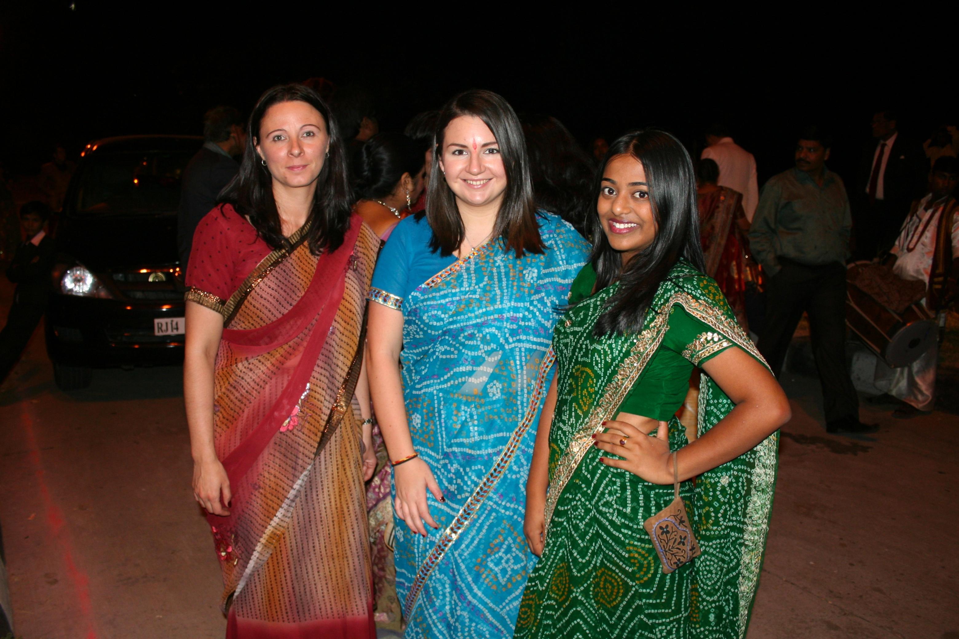 Vestidos de mujeres indues