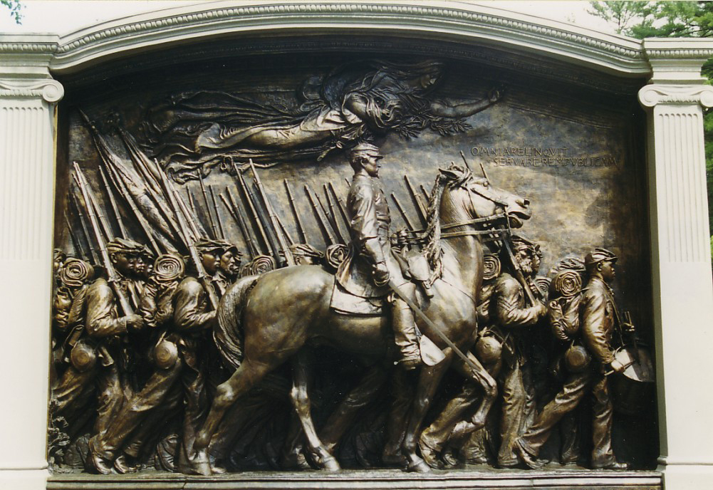 a review of robert lowells for the union dead Robert lowell's for the union dead is a poem that connects modern day america with the past through comparison this quiz/worksheet combo will check your knowledge of this poem's history and how .