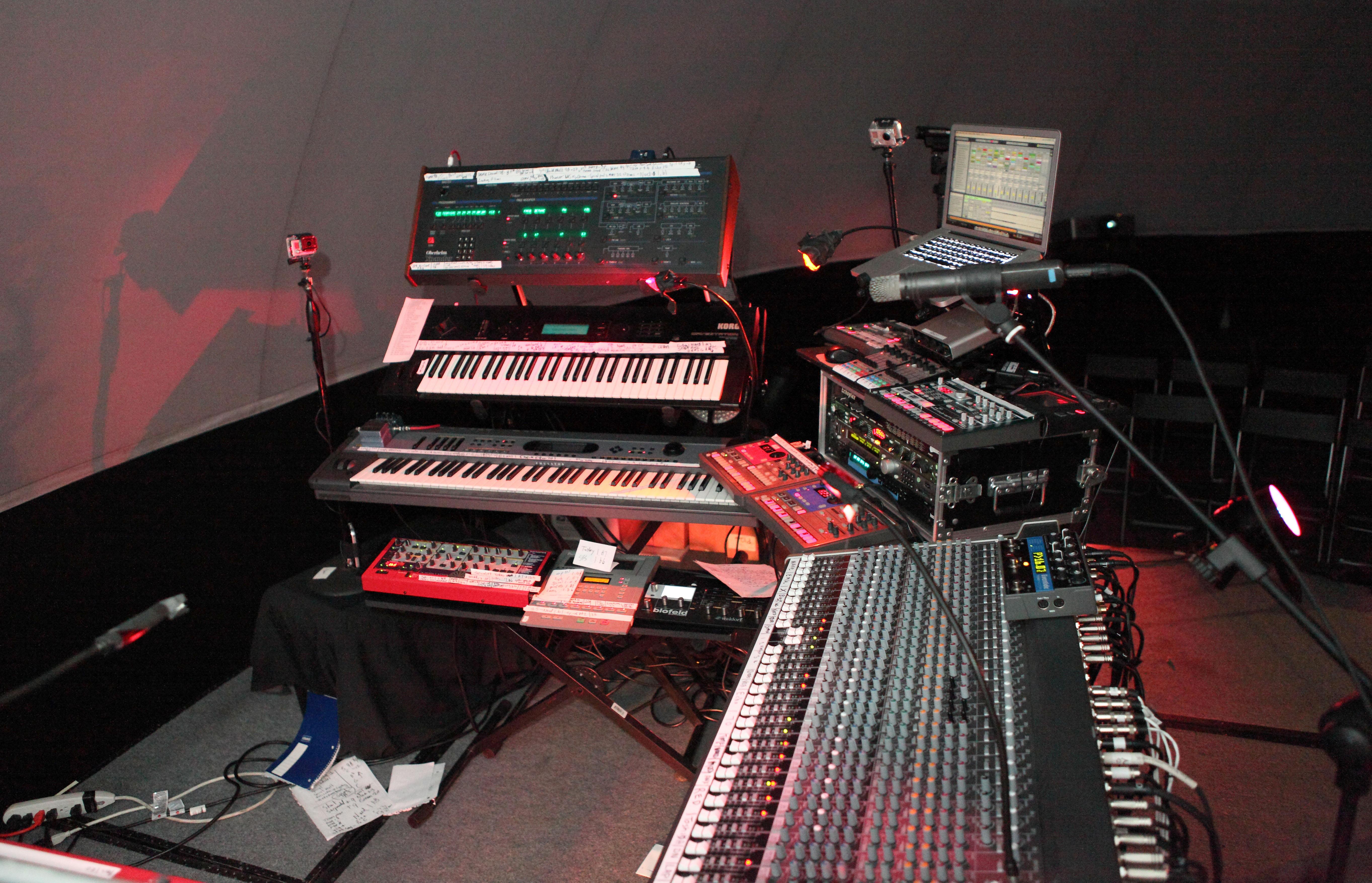 Steve Roach* Roach·, Richard Burmer* Burmer·, Kevin Braheny* Braheny - Western Spaces