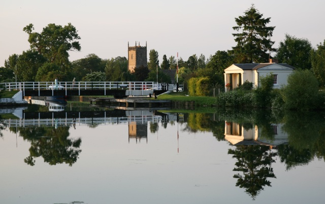 Still evening view across the Gloucester and Sharpness Canal - geograph.org.uk - 843293