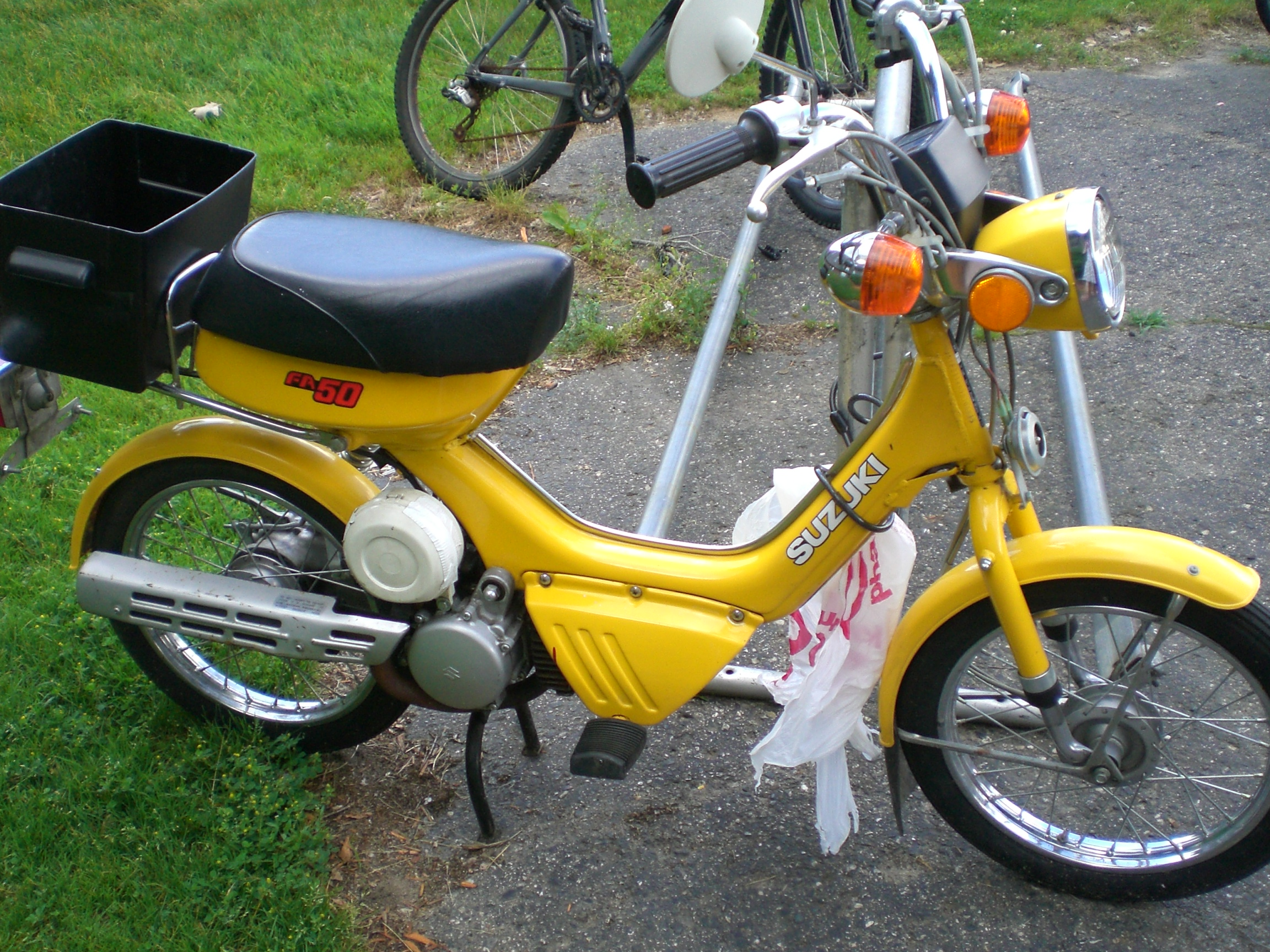 File:Suzuki FA50 1986.jpg - Wikimedia Commons