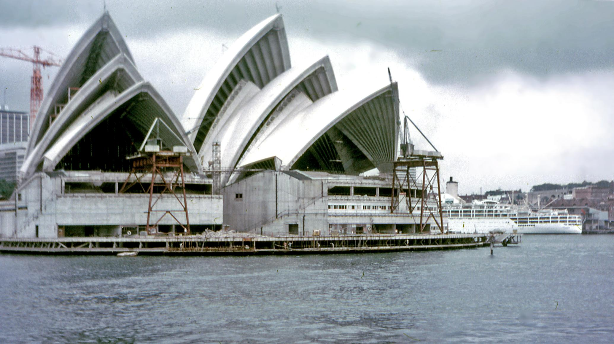 File Sydney Opera House Construction Wikimedia