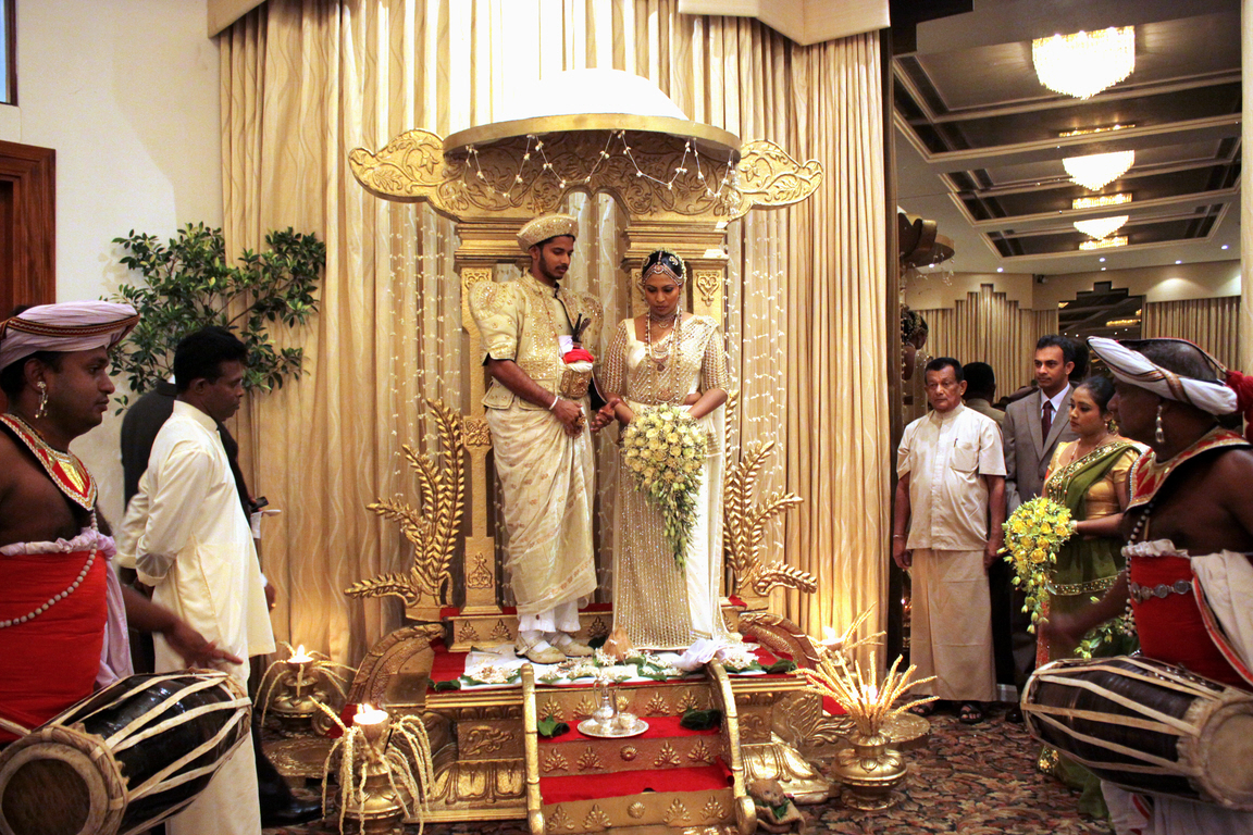 Traditional Sinhalese Marriage Poruwa Ceremony I - Traditional Marriage Vows