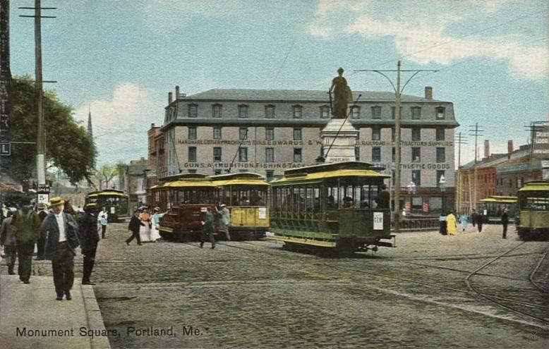 Datei:Trolleys in Monument Square, Portland, ME.jpg