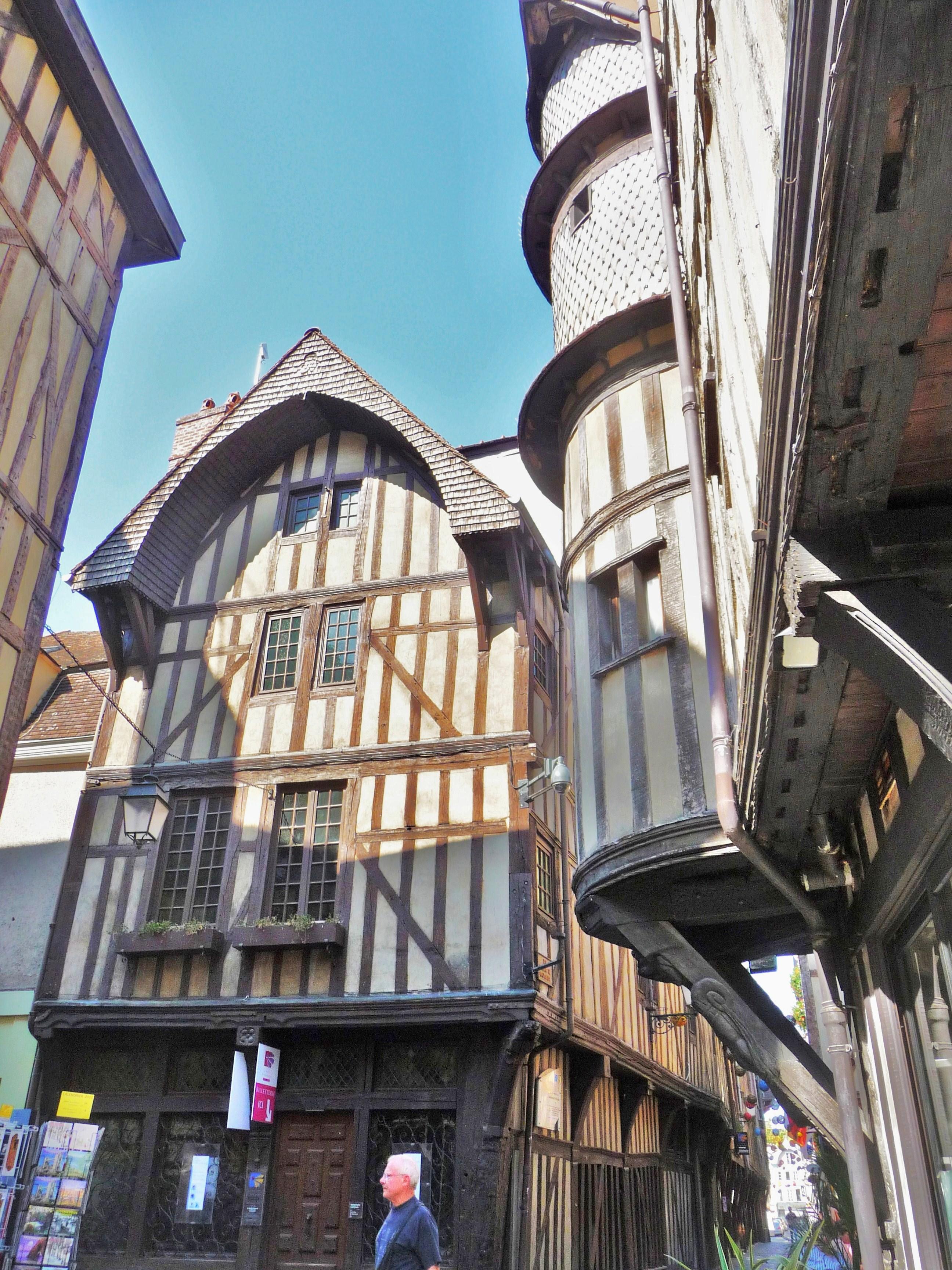 Fichier:Troyes La Maison du Boulanger.jpg — Wikipédia