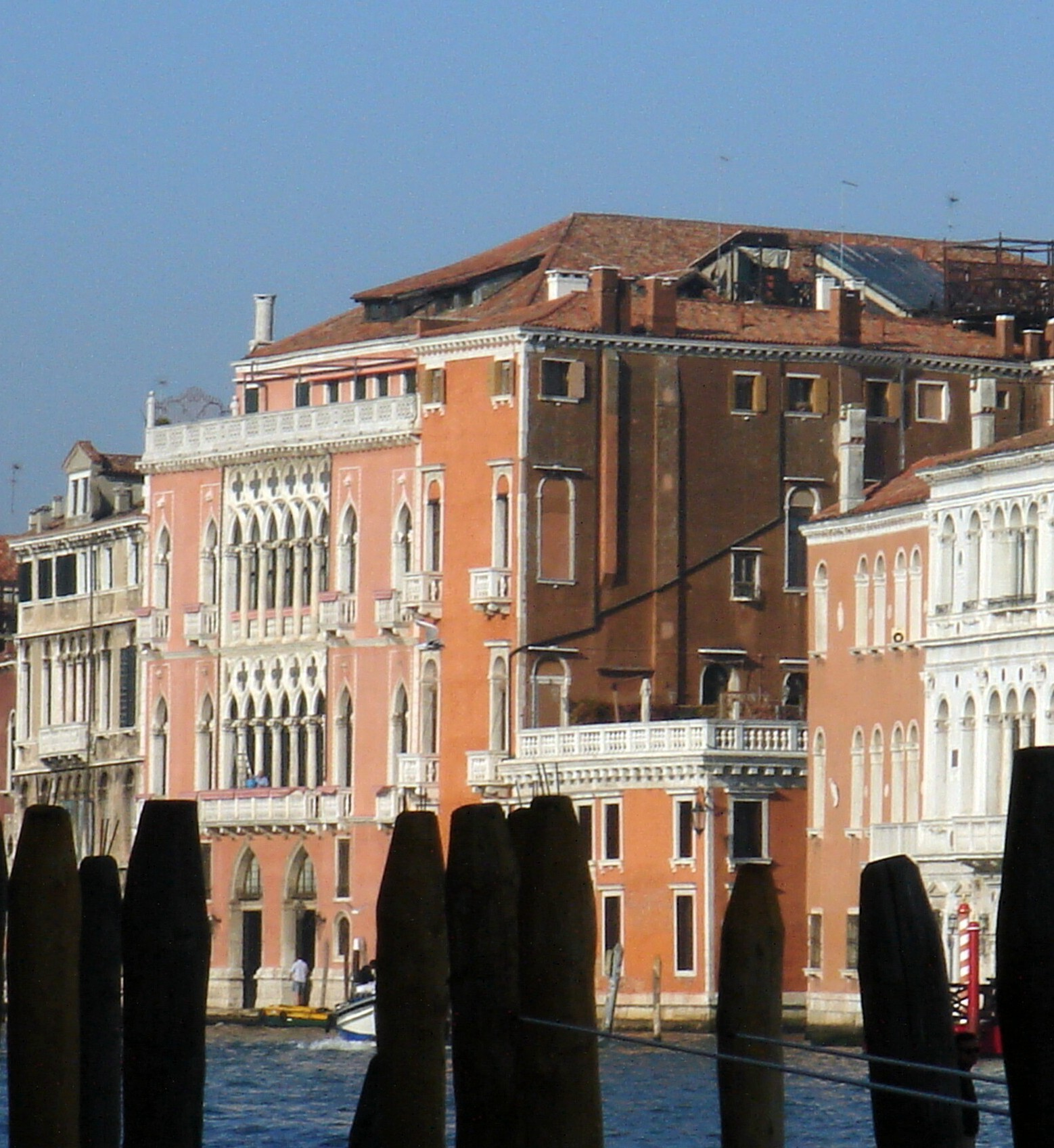 File:Venezia - Palazzi Pisani Moretta e Barbarigo della Terrazza ...