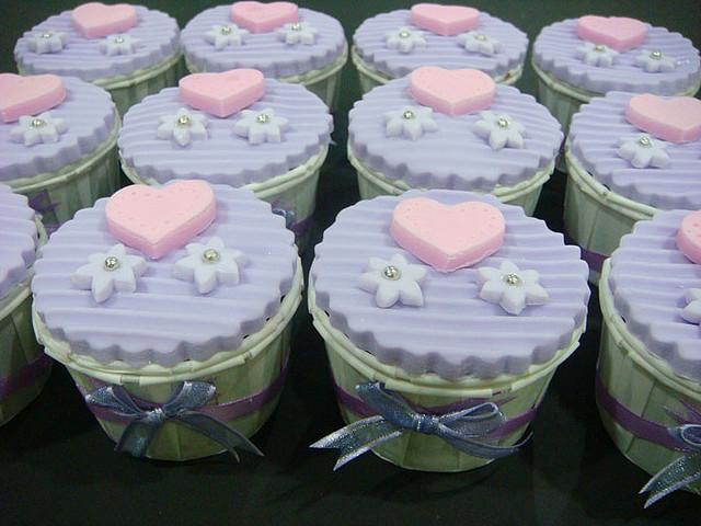 How Many Wedding Cupcakes Do I Need