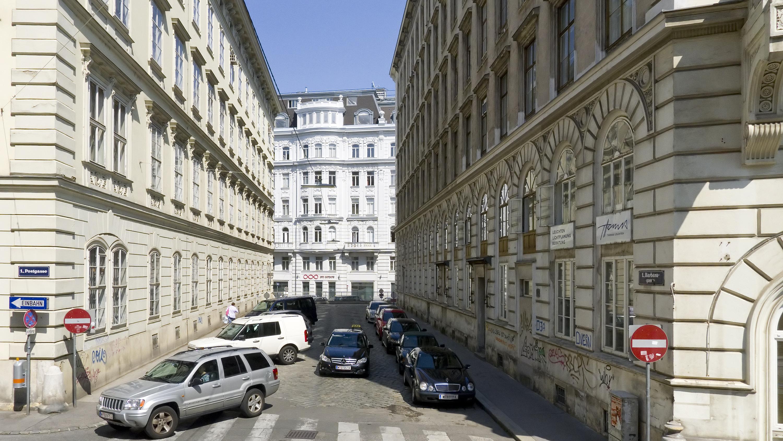 Wien 01 Barbaragasse a.jpg