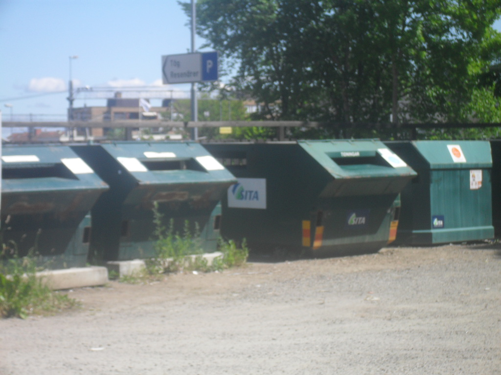 Wikipedia image of bins for paper