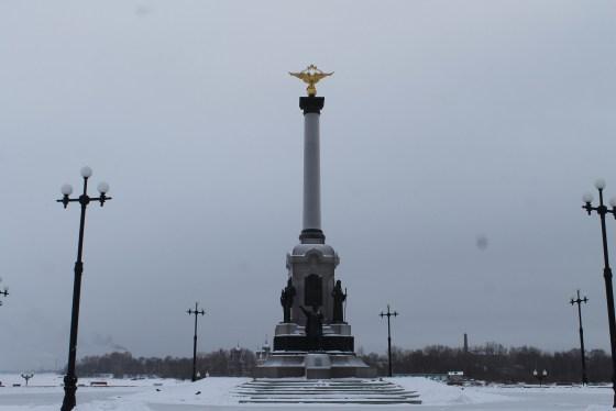 Цена на памятники в ярославле к 1000 слова на памятник маме