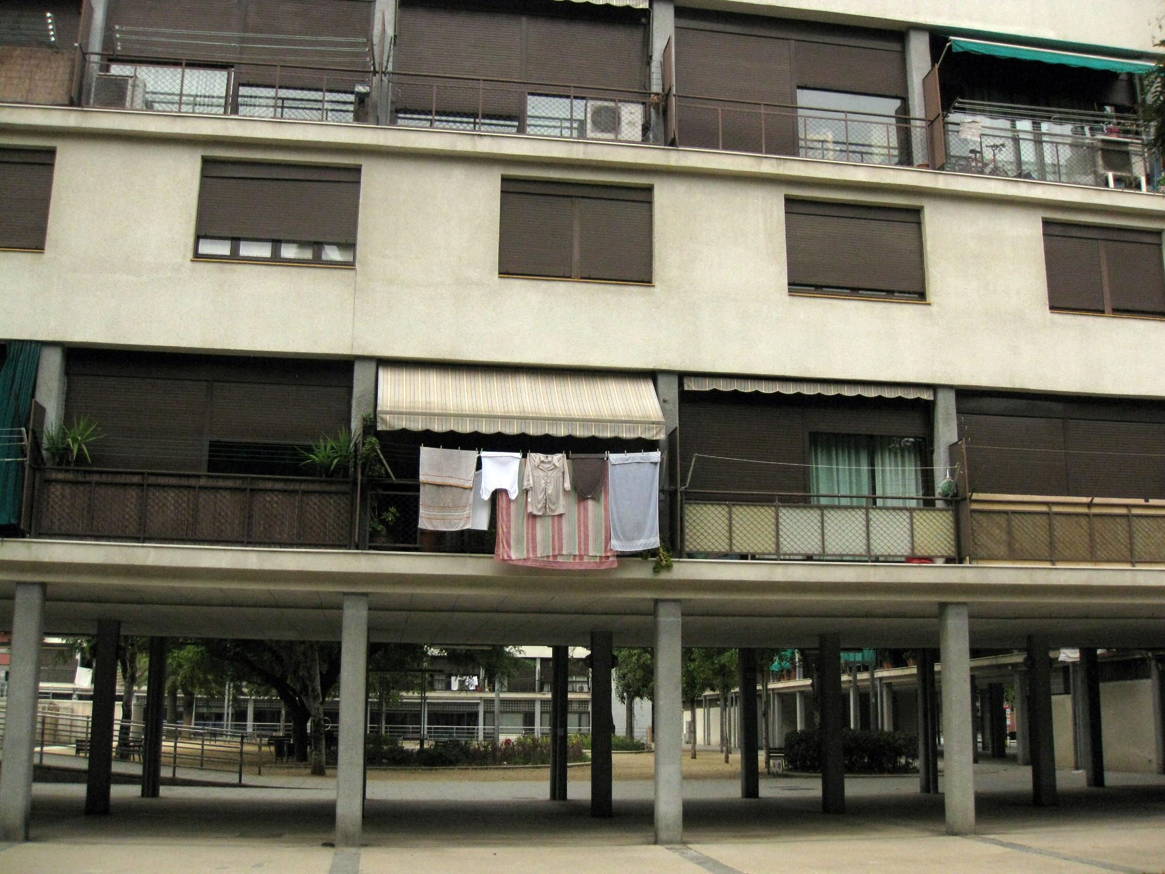 File 10 casa wikimedia commons - Casa bloc sant andreu ...