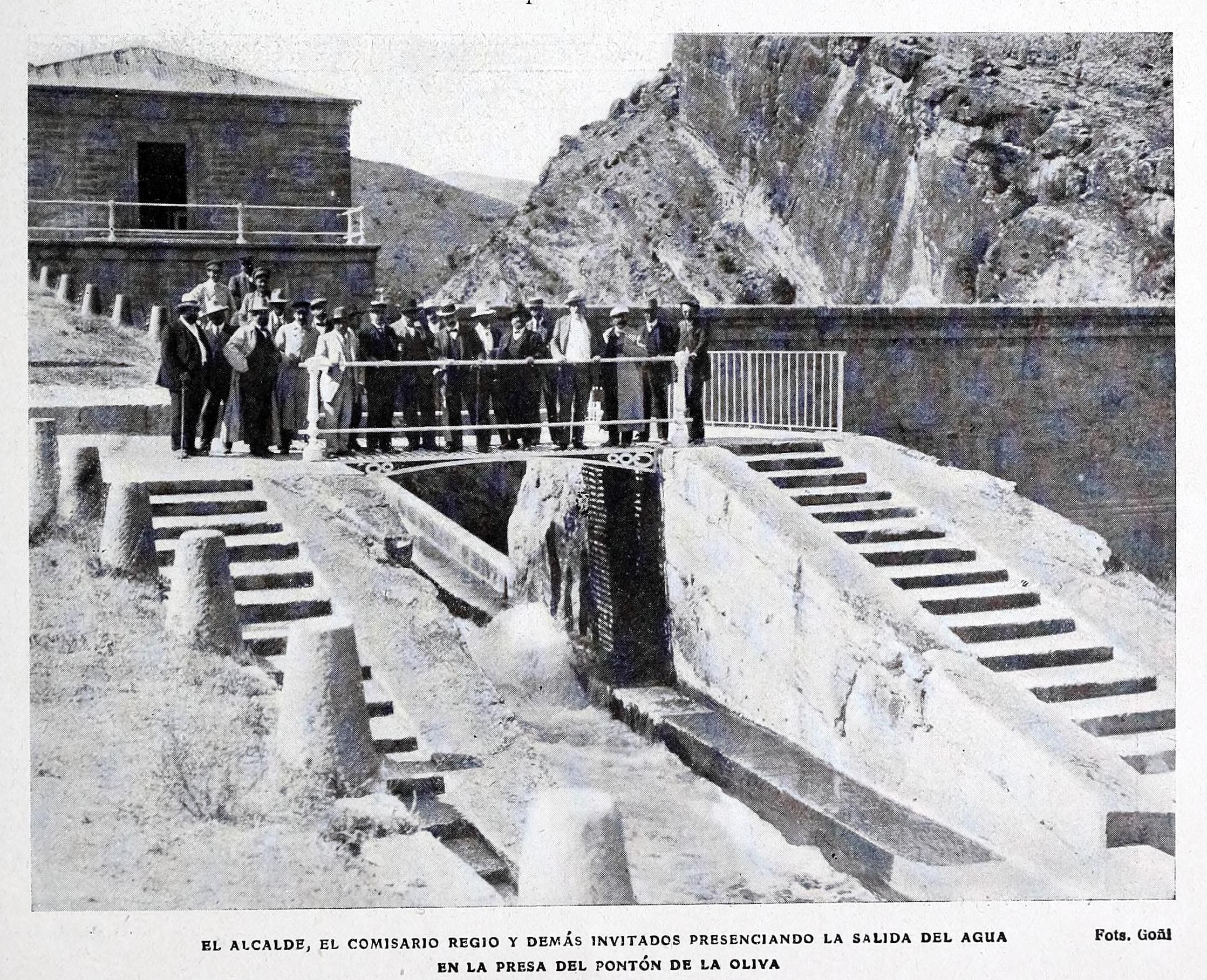 File 1908 08 08 Blanco Y Negro Presa Del Ponton De La Oliva Goni