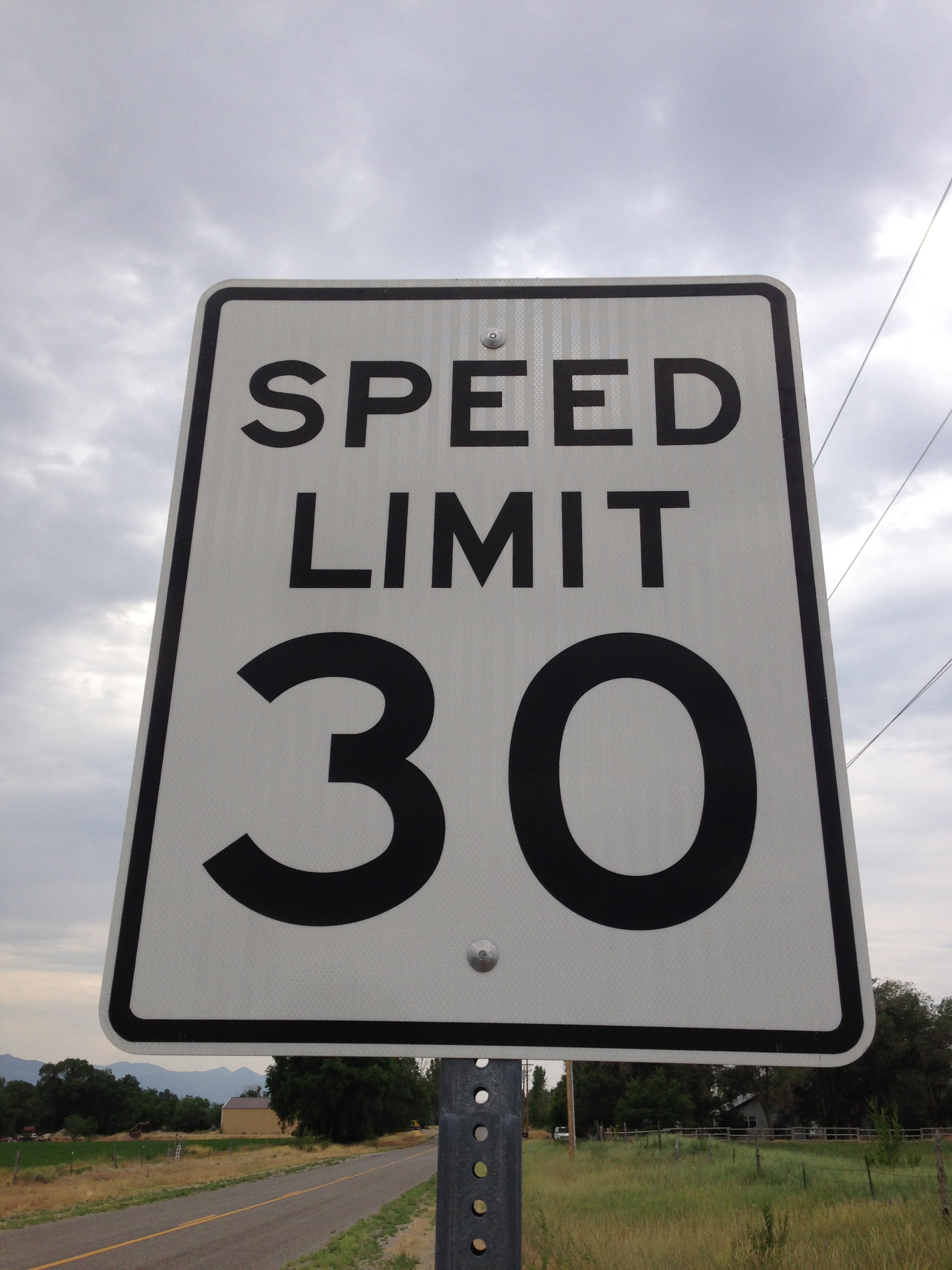 File:2014-07-18 09 42 37 Speed Limit 30 miles per hour sign along ...