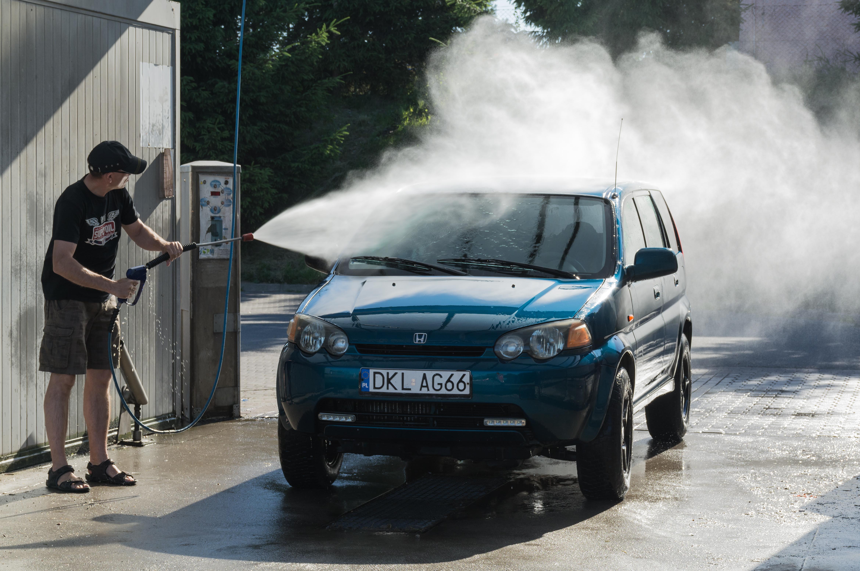 Eco-Friendly Ways to Wash Your Car