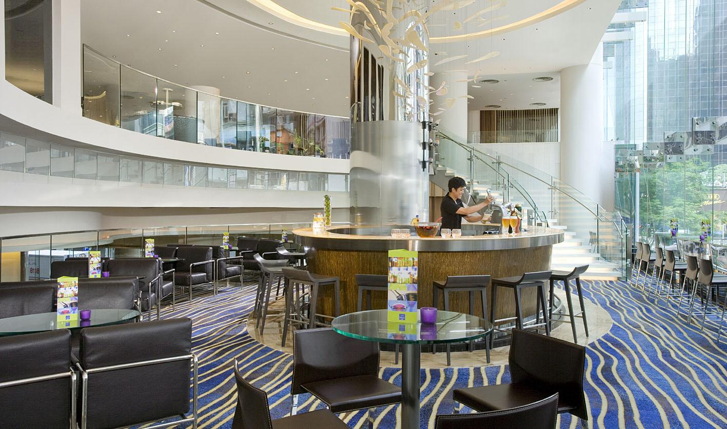 file ak 39 s bar lounge novotel century hong kong hotel. Black Bedroom Furniture Sets. Home Design Ideas