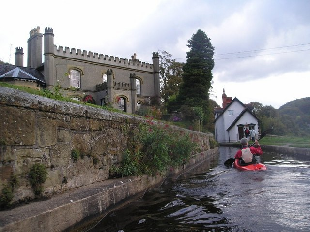 File:A kayaker paddling along the canal - geograph.org.uk - 226004.jpg