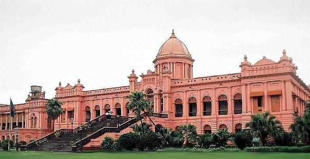 File:Ahsan Manzil - Dhaka.jpg - Wikimedia Commons