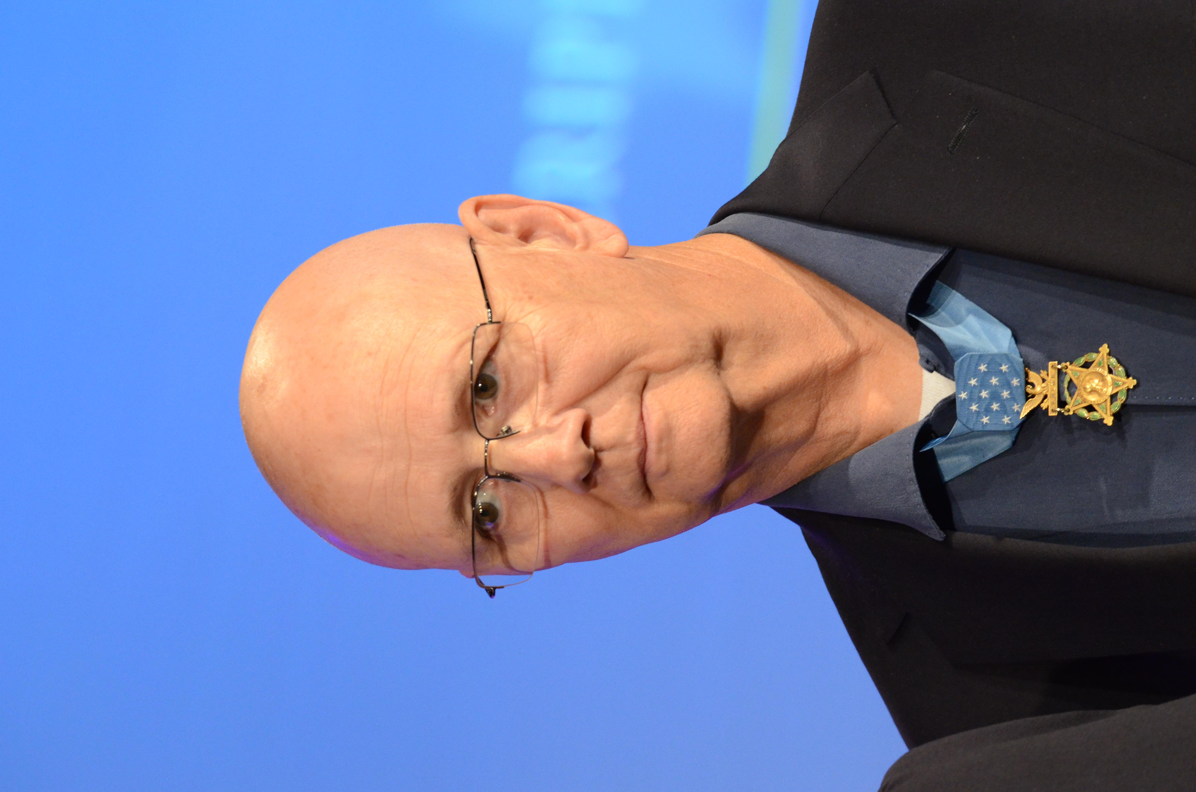 Allen Lynch in 2014