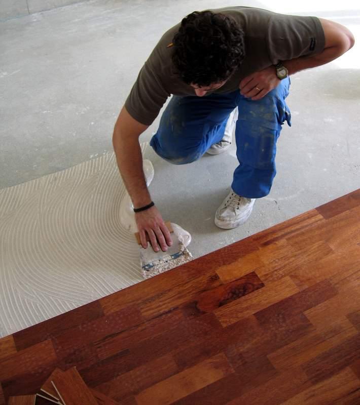 Posare il parquet architetto facile - Costo posa piastrelle su pavimento esistente ...