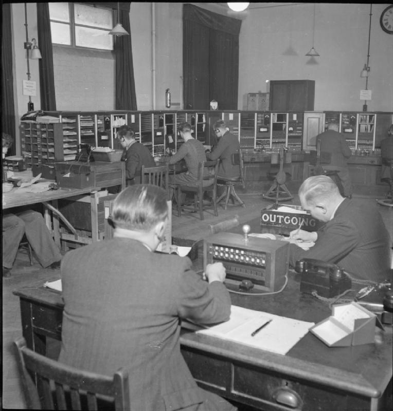 Automatic Telephone Exchange- Communications in Wartime, London, England, UK, 1945 D23700.jpg