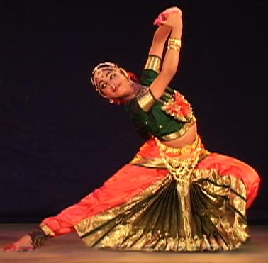 File:Bharatanatyam 6.jpg