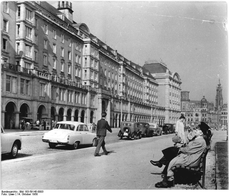 datei bundesarchiv bild 183 59145 0003 dresden alter markt wikipedia. Black Bedroom Furniture Sets. Home Design Ideas