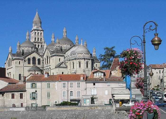Catedral_de_P%C3%A9rigueux.jpg