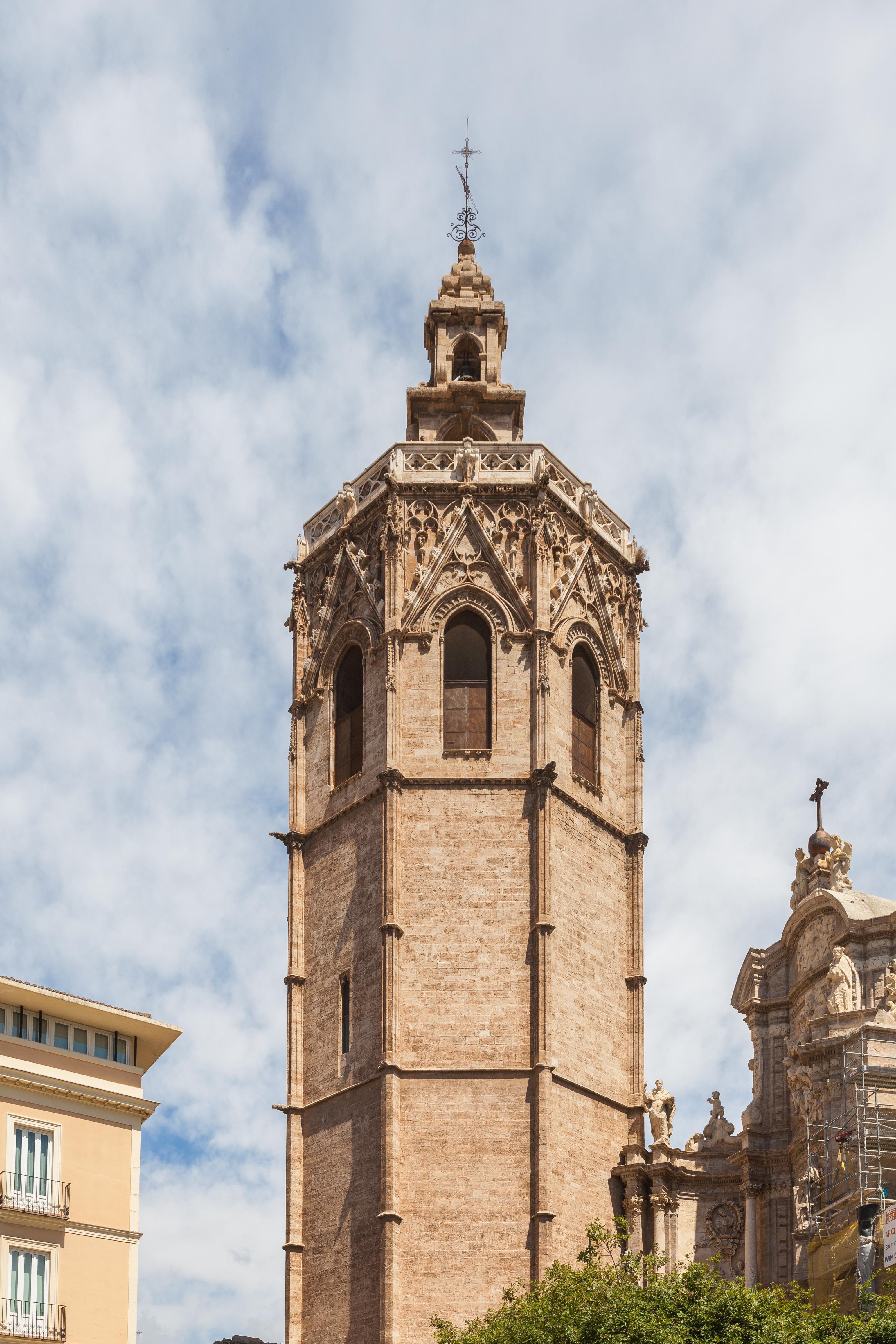 File:Catedral de Valencia, Valencia, España, 2014-06-29, DD 16.JPG - Wikipedia