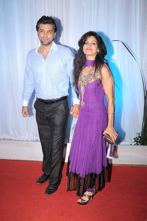 Filechetan Hansraj Lavina Hansraj At Esha Deols Wedding Reception