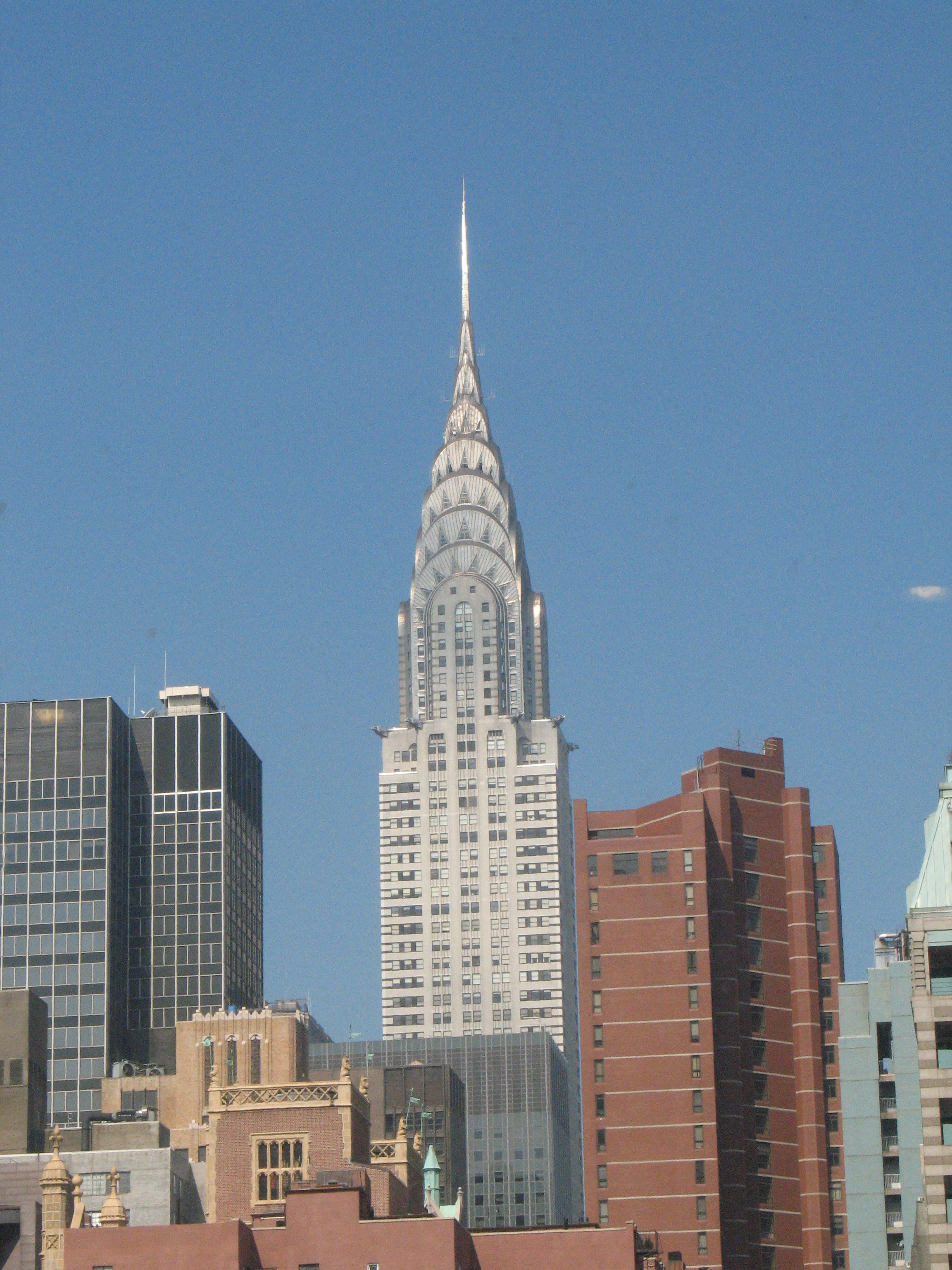 file chrysler building 2007 jpg simple english wikipedia the free encyclop. Cars Review. Best American Auto & Cars Review