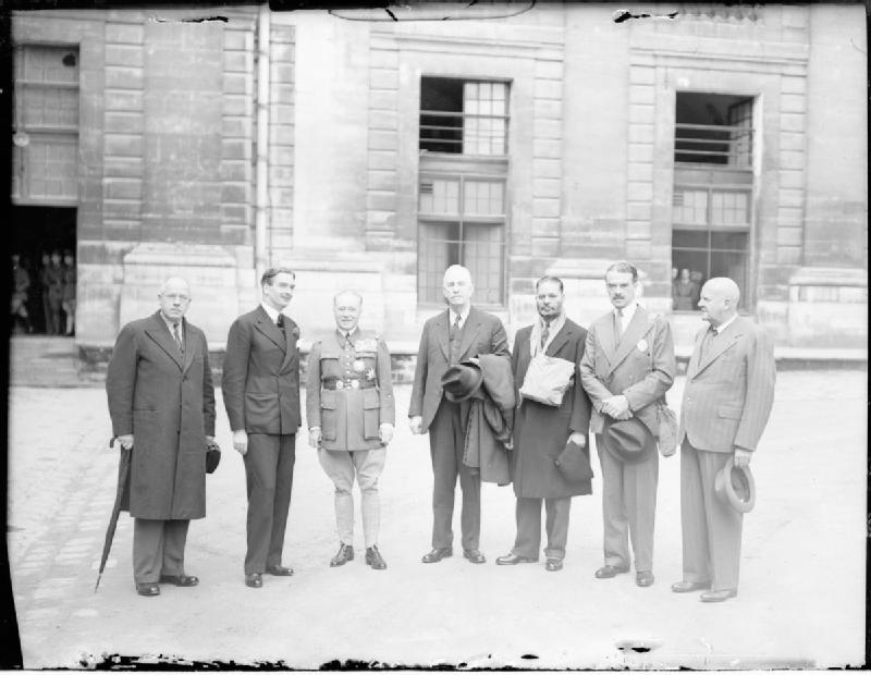 Commonwealth representatives at Gamelin's HQ