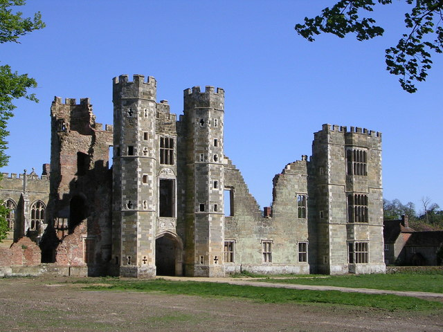 Cowdray Castle - geograph.org.uk - 595426